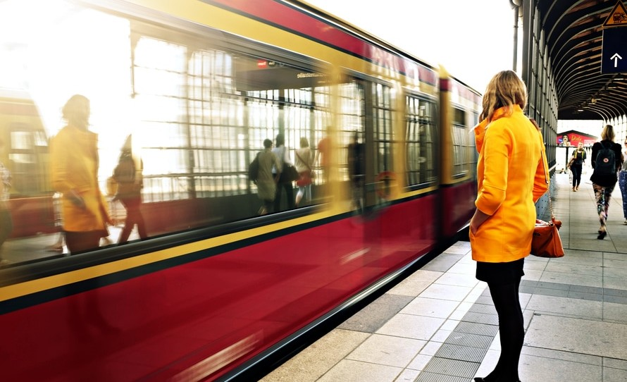 5 Most Fastest Trains in The World That You Should Try